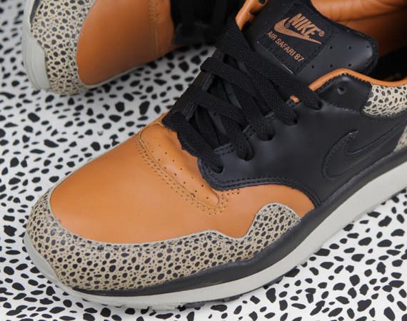 Nike Air Safari празднует 25-ю годовщину. Изображение № 1.