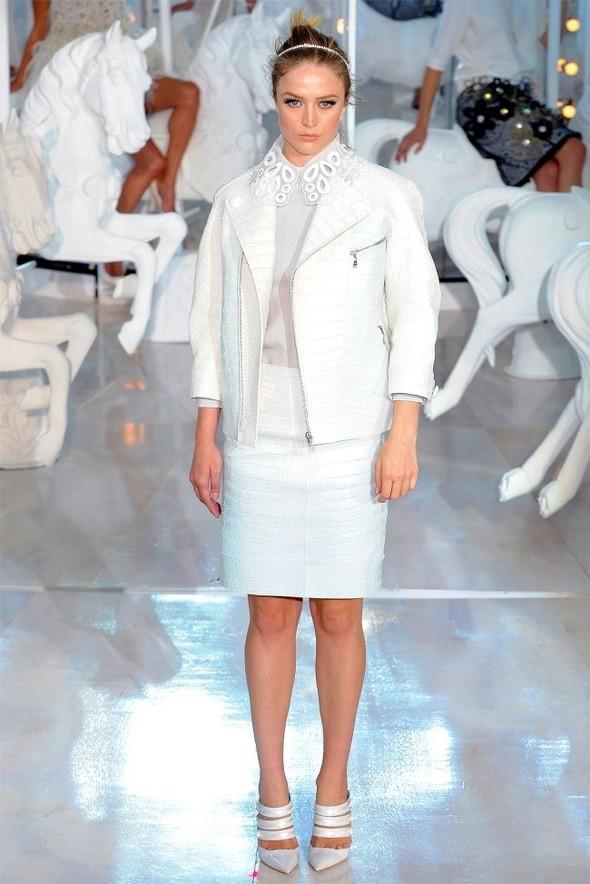 Неделя моды в Париже: Louis Vuitton весна 2012. Изображение № 31.