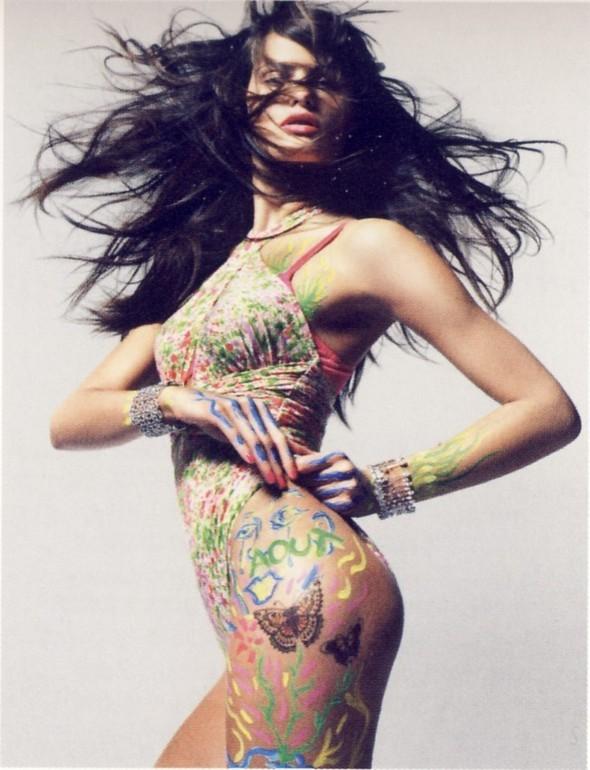 Vogue Paris 2008-2009-2010 Calendar. Изображение № 9.
