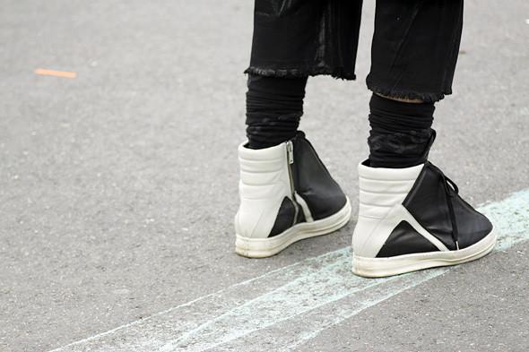 Изображение 8. Детали: Мужская неделя моды в Париже.. Изображение № 8.
