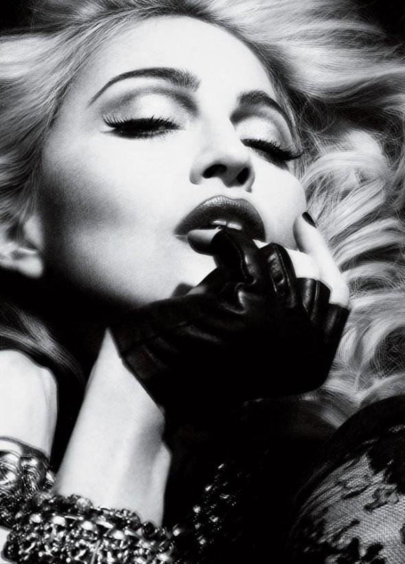 Мадонна в фото Мерта Аласа и Маркуса Пигготта для журнала Interview. Изображение № 3.
