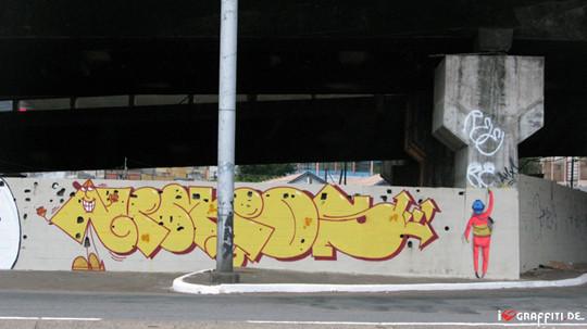 Граффити художники Os Gmeos о творческом пути. Изображение № 13.