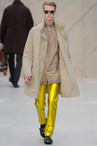Неделя мужской моды в Милане: День 1. Изображение № 3.