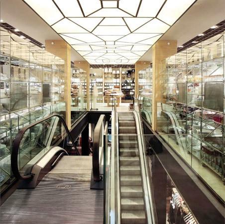 Экологичный флагманский магазин Zara в Барселоне. Изображение № 3.