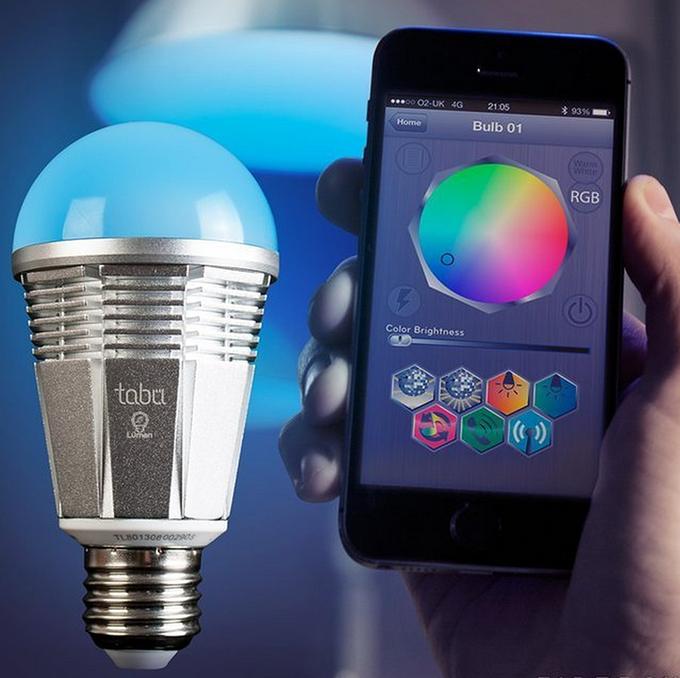 iPhone-приложение Smart Bulb управляет освещением. Изображение № 2.