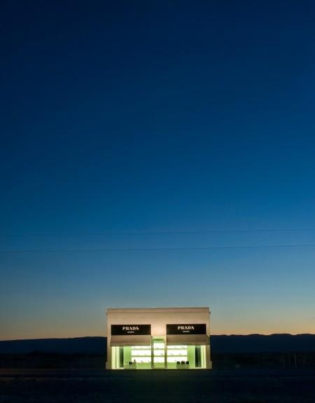 Самый одинокий магазин Prada. Изображение № 3.