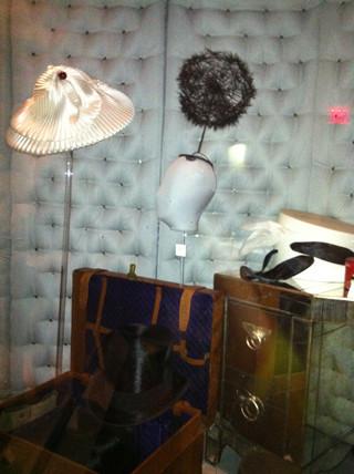 Шляпка-одуванчик для выставки великого шляпника Стивена Джонса. Изображение № 6.