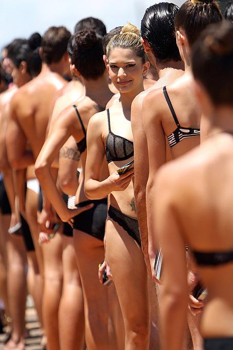 День нижнего белья в Бразилии. Изображение № 9.