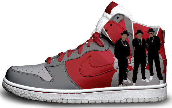 Метаморфозы белых кроссовок Nike. Изображение № 13.