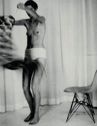 Части тела: Обнаженные женщины на фотографиях 1990-2000-х годов. Изображение №28.