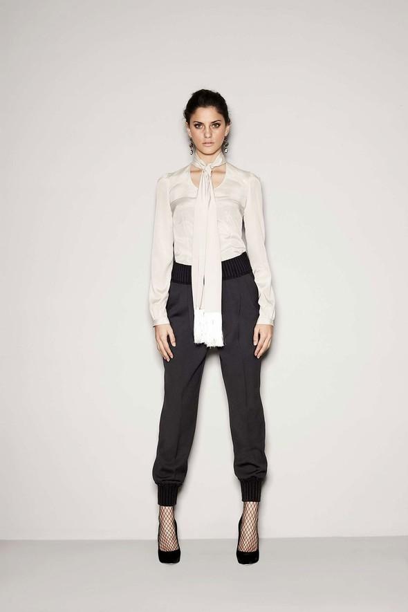 Лукбук: Dolce & Gabbana FW 2011 Women's. Изображение № 7.
