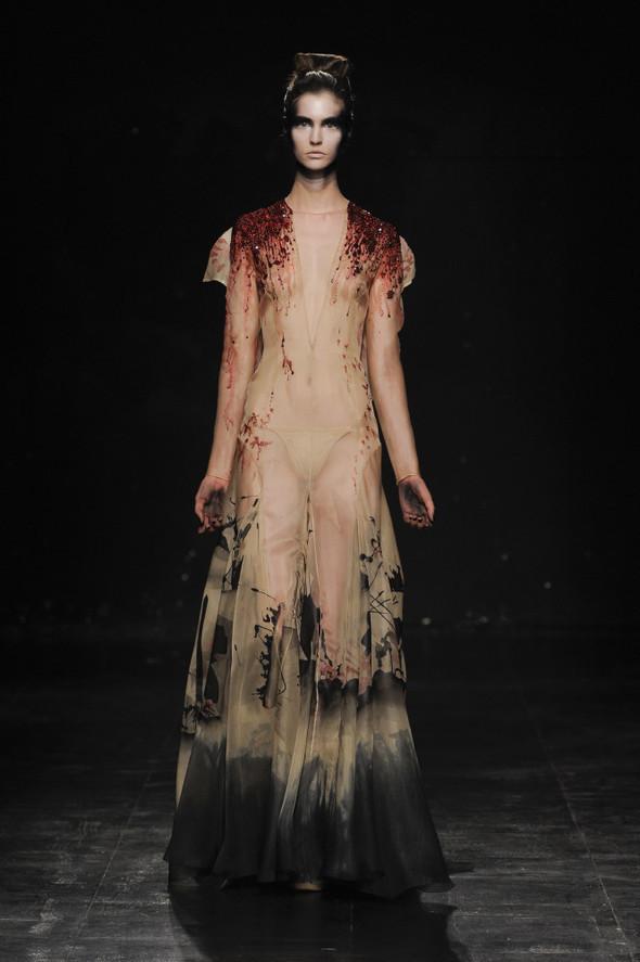 Жульян Фурнье - cовершенно новая элегантность. Изображение № 3.