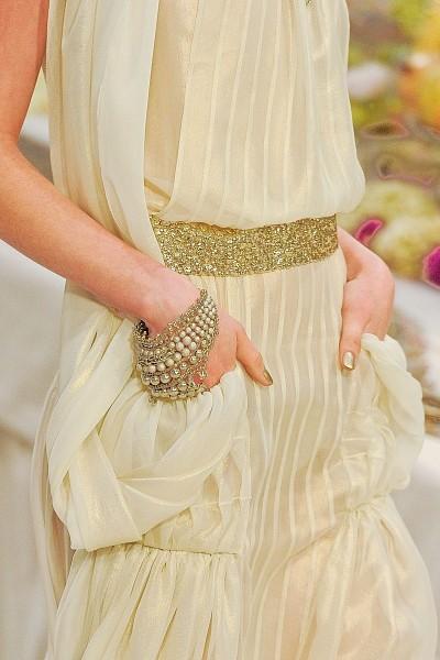 Детали с показа Chanel Pre-Fall 2012. Изображение № 14.