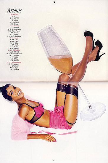 Календарь французского Vogue: отдушина Карин. Изображение № 17.