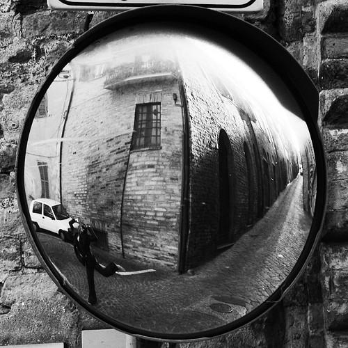 Уличные зеркала. Изображение № 11.