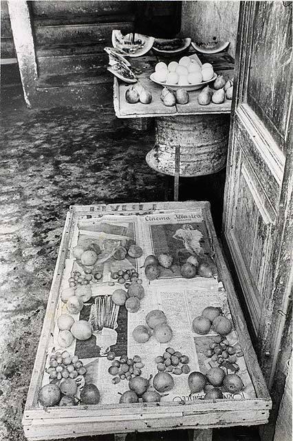 Работы французского фотографа Henri Cartier-Bresson. Изображение № 18.