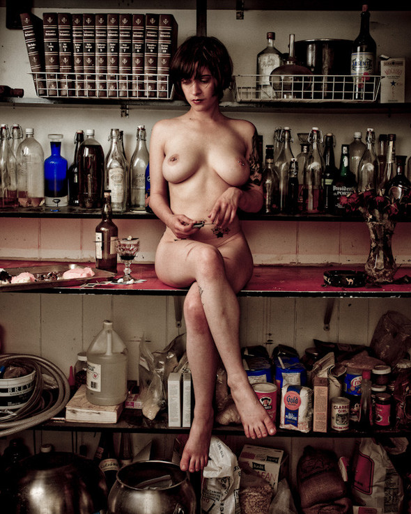 """Известный фотограф Ираклий Шанидзе """"Психология вседозволенности."""". Изображение № 5."""