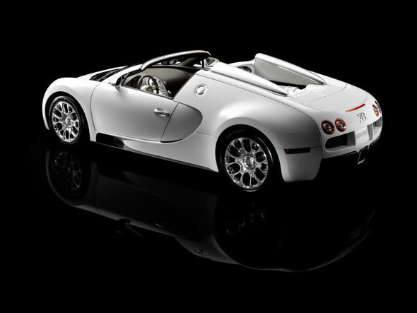 Bugatti Veyron Grand Sport. Изображение № 11.