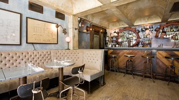 Под стойку: 15 лучших интерьеров баров в 2011 году. Изображение № 81.