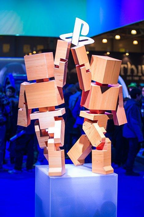 Косплей, киберспортсмены, PS4 и Xbox One на выставке «ИгроМир-2013». Изображение № 28.