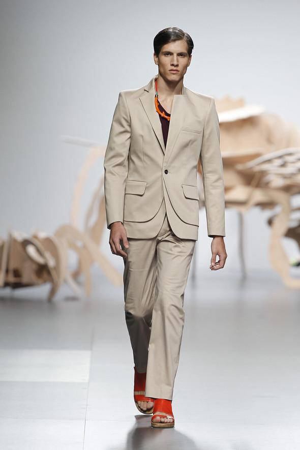 Madrid Fashion Week SS 2012: Ana Locking. Изображение № 23.
