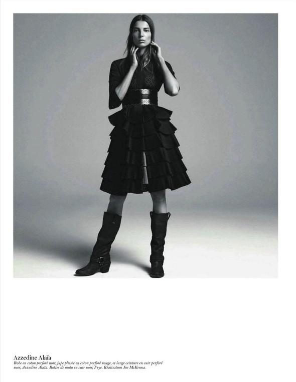 Съёмка: Дарья Вербова для французского Vogue. Изображение № 45.
