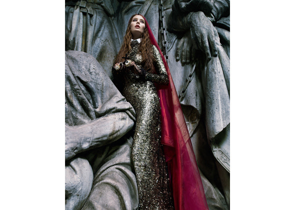 Работы Оксаны и ее команды – фотограф Лев Ефимов, визажист Эрнест Мунтаниоль (Сhanel). Изображение № 9.