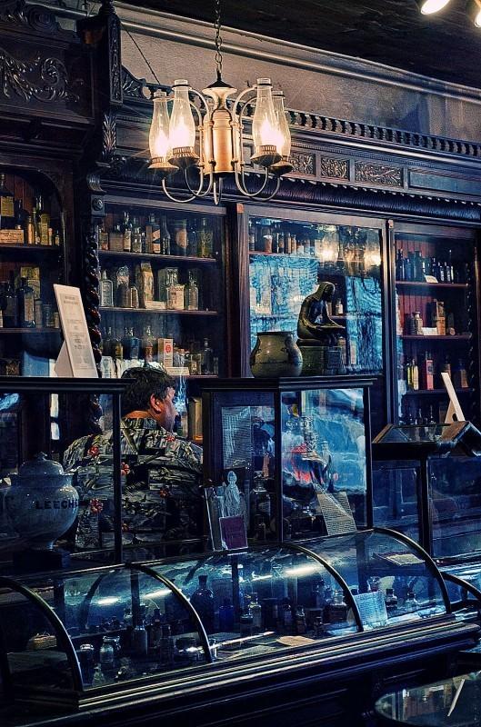 Аптека - музей в Новом Орлеане. Изображение № 8.