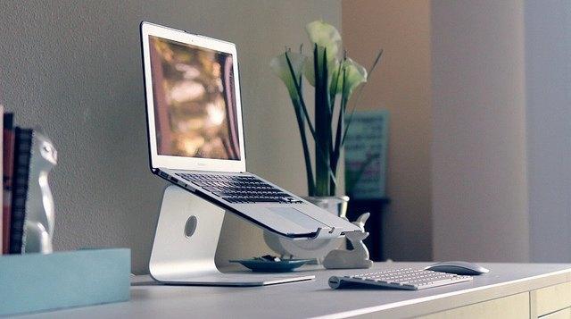 Слух: поставки 12-дюймового MacBook Air начнутся в апреле. Изображение № 1.