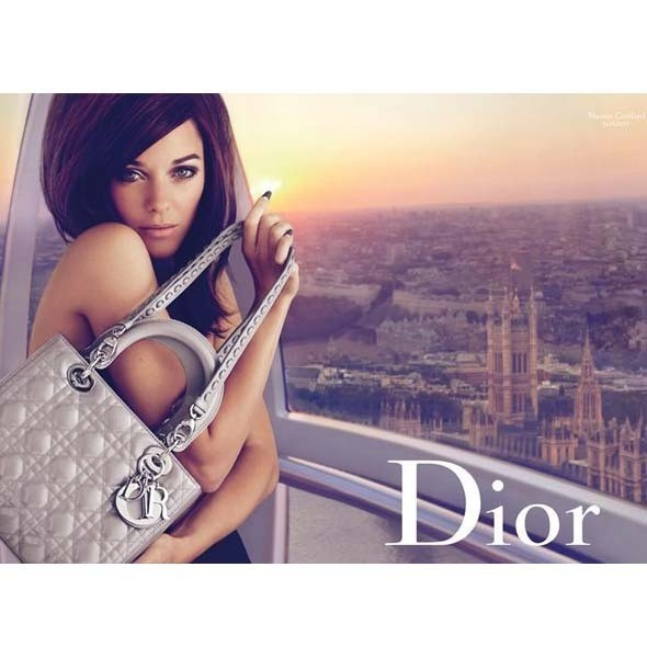Рекламная кампания Lady Dior с Марион Котийяр . Изображение № 2.