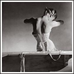 Части тела: Женское ню в фотографиях XX века. Изображение № 1.