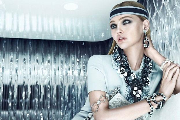 Вышли кампании Dior, Prada, Louis Vuitton и других марок. Изображение № 10.