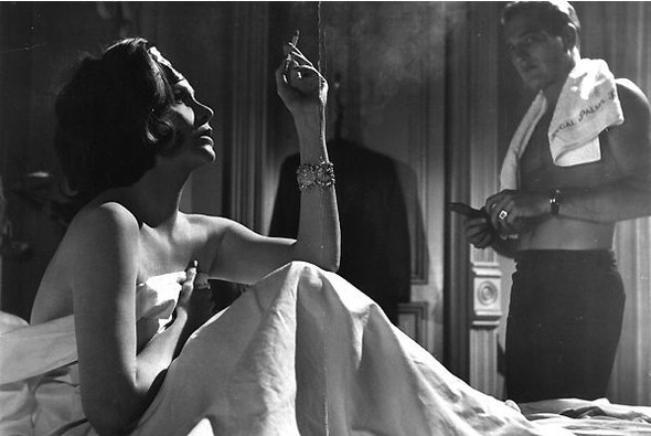 -Сигареты для образа? - Нет, для денег. Изображение № 14.