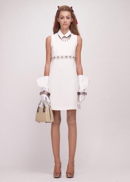 A.P.C., Chanel, MM6, Mother of Pearl, Paule Ka и Yang Li выпустили новые лукбуки. Изображение № 99.