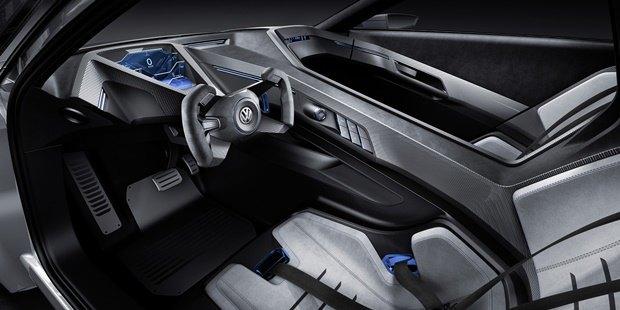 Volkswagen показал концепт автомобиля Golf GTE Sport . Изображение № 8.