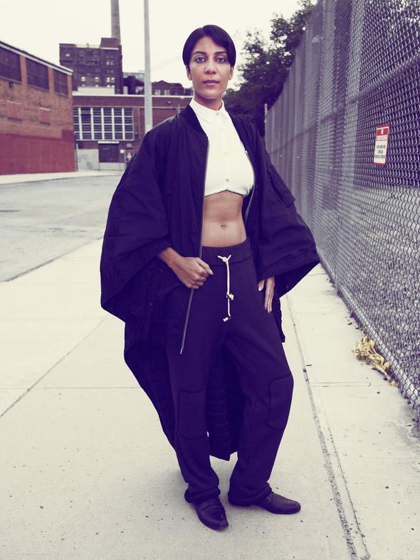 Съёмка: Нью-йоркский стрит-стайл в Interview. Изображение № 7.