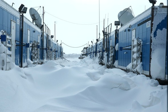 ALASKA IN WONDERLAND. Изображение № 114.