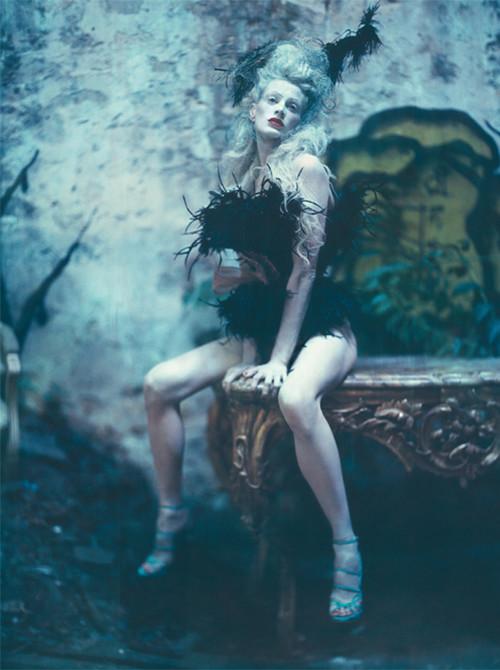 Архивная съёмка: Кристен МакМенами для Vogue Italia, сентябрь 2010. Изображение № 19.