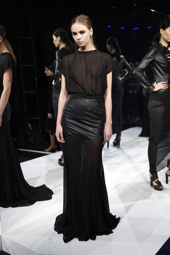 Изображение 10. Кира Пластинина показала новую коллекцию на неделе моды в Нью-Йорке.. Изображение № 10.