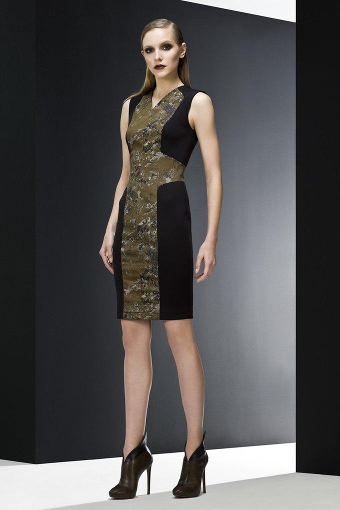 Versace, Louis Vuitton и Robert Rodriguez показали предосенние коллекции. Изображение № 13.
