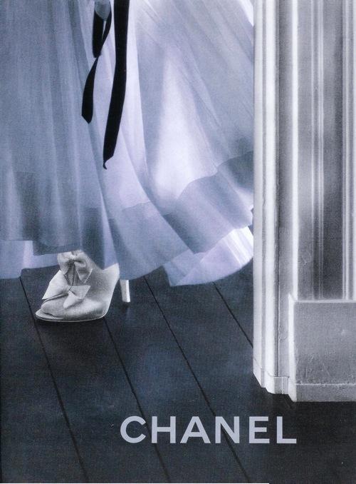 Fashion Advertisements, Выпуск 11 лучшие фотографии изрекламных кампаний модных брендов 2008. Изображение № 12.