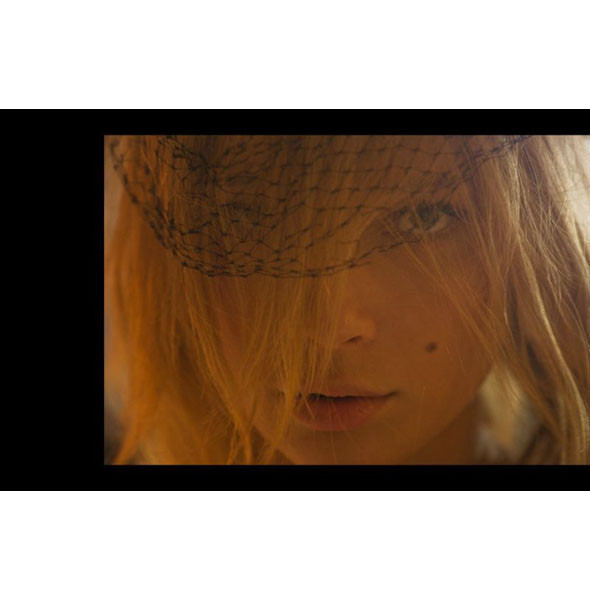 5 новых съемок: Gravure, Indusrtie, Velvet и Vogue. Изображение № 8.