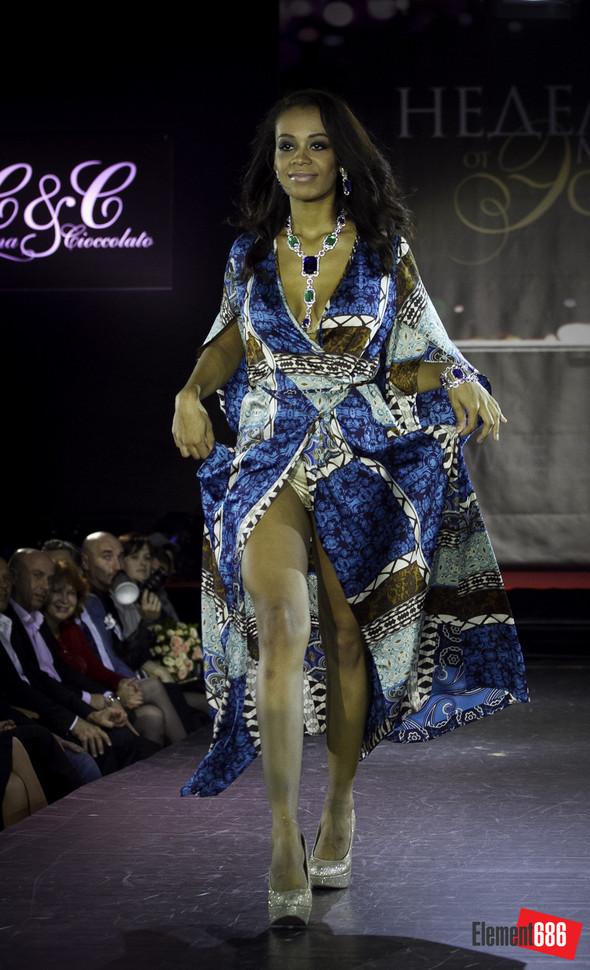 Неделя моды от «Эстет»: осень-2011 (05.10.2011). Изображение № 16.