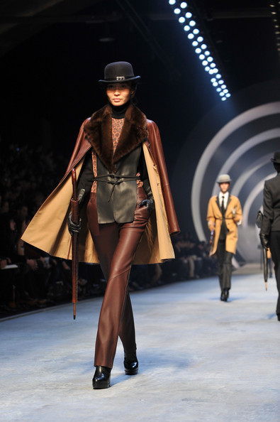 Jean Paul Gaultier for Hermes (fall-winter 2010). Изображение № 2.