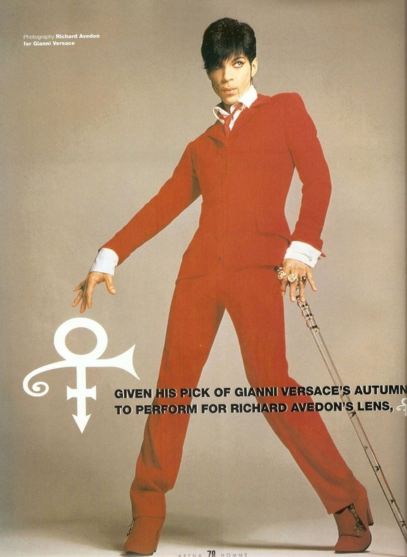 Архивная съёмка: Принс в Versace в объективе Ричарда Аведона. Изображение № 1.