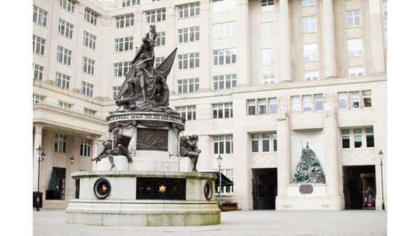 Монумент Нельсона. Изображение № 30.