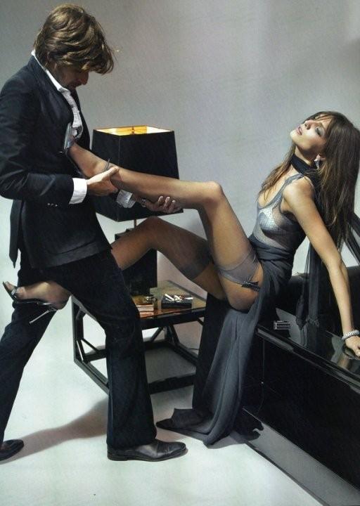 Vogue May 2010 ( Paris, US, China). Изображение № 4.
