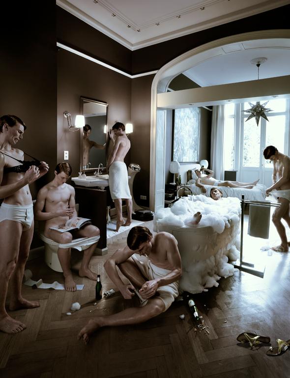 Кристофер Гилберт – знаменитый секретный фотограф. Изображение № 12.