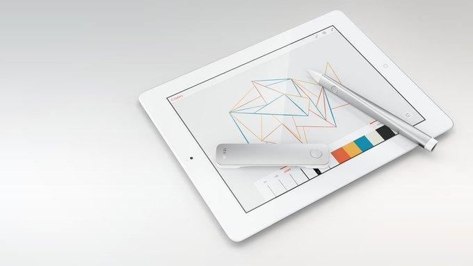Adobe назвала дату выхода своих первых гаджетов. Изображение № 1.