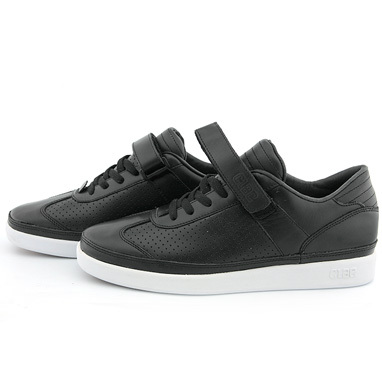 Clae Holiday '08 In-Store!. Изображение № 32.